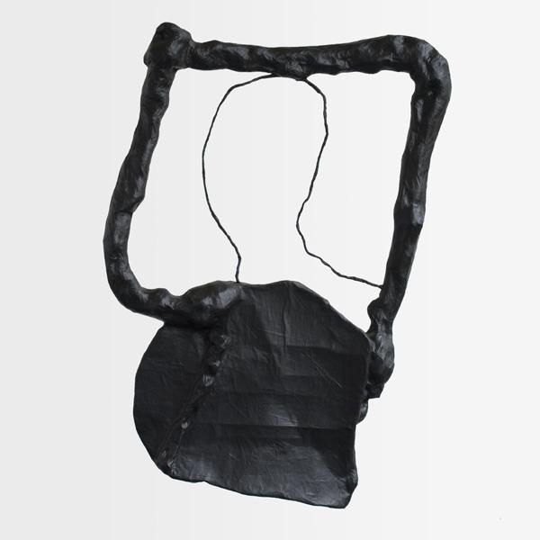 1993, In the window II, papier-maché, alkyd, metaal, 85x25 cm